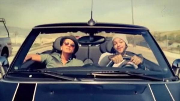 Billionaire (Travie McCoy ft. Bruno Mars)